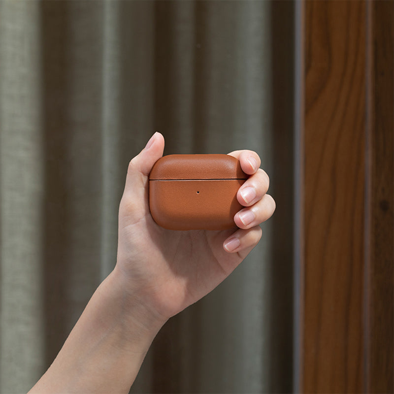 34253243252875,34253243285643,34253243318411,Leather Case for AirPods Pro