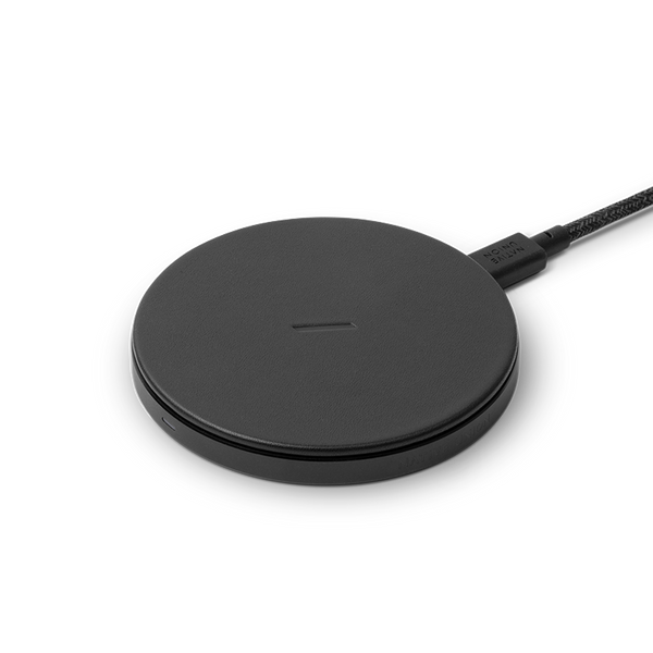 __sku:DROP-BLK-CLTHR-NP;Drop Classic Leather Wireless Charger - Black