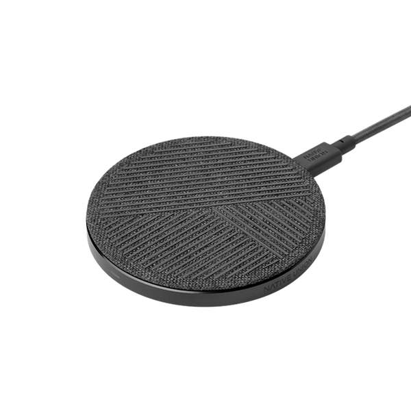 __sku:DROP-GRY-FB-NP;Drop Wireless Charger - Slate