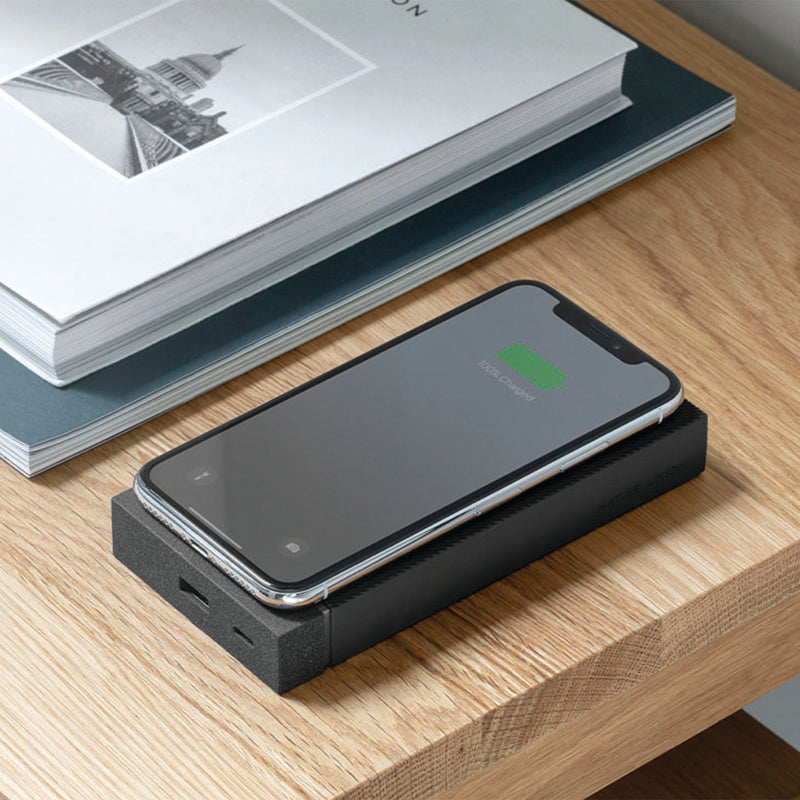 34253177716875,Jump+ Wireless Powerbank - Slate