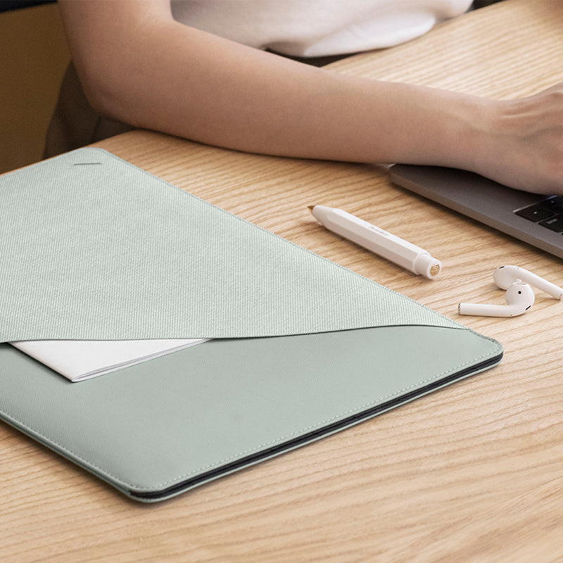 "34253253574795,34253253607563,34253253640331,Stow Slim for MacBook (13"")"