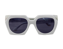 Load image into Gallery viewer, Ganni Dahlia Beige Sunglasses