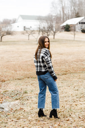 Black and White Plaid Knit Cropped Sweater