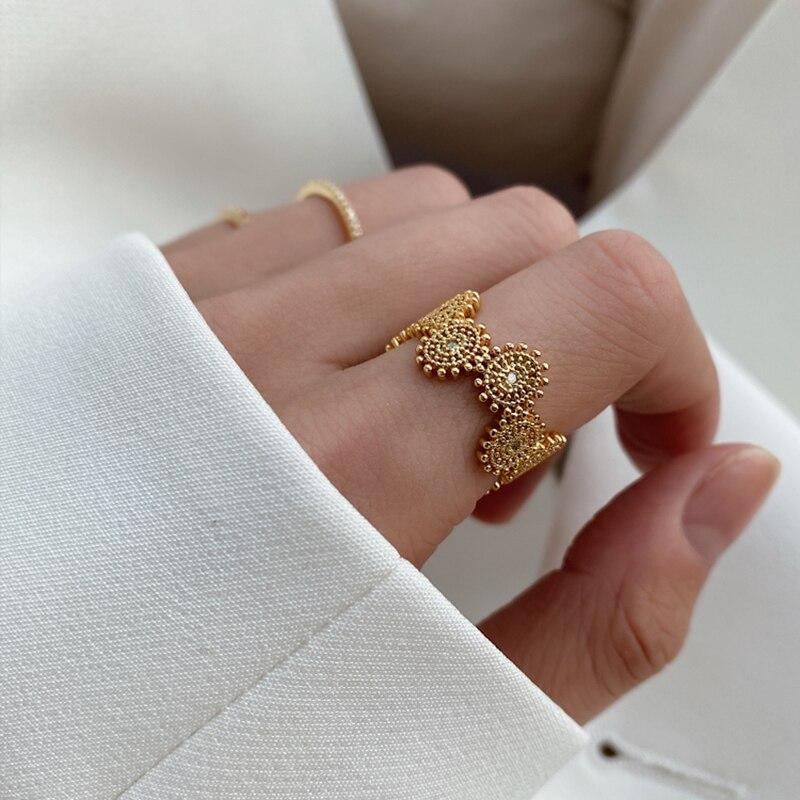 GHIDBK Hot Sale Baroque Luxury Zircon Daisy Rings for Girls 2020 Trendy Irregular Flower Lace CZ Retro Ring French Design Ring
