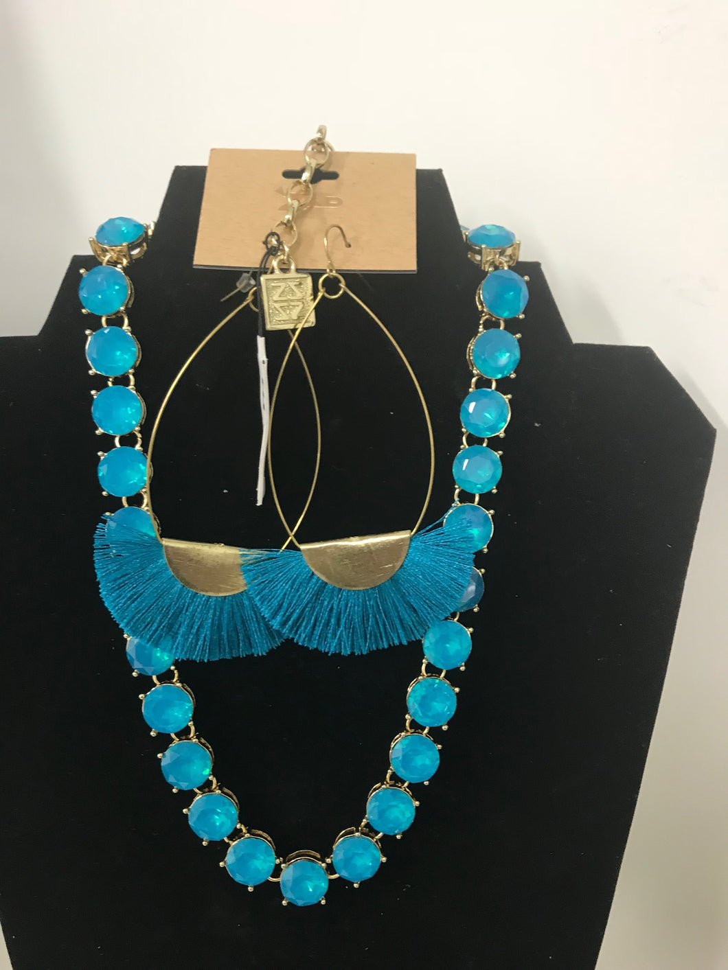 Venus Necklace and Earrings