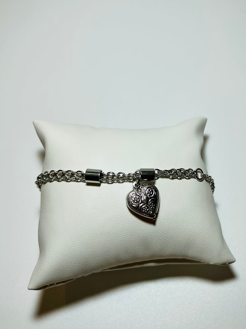 Regal Heart Anklet