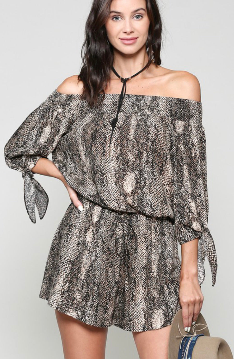 Off the shoulder Snake print Romper