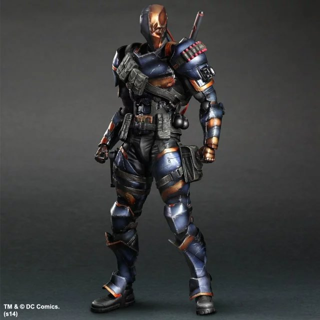 . DC Comics Batman:  Deathstroke   Collectible