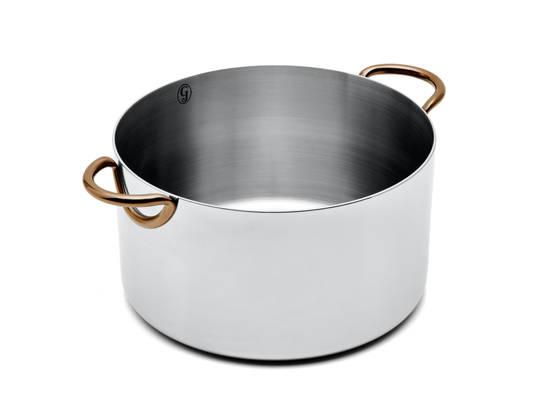 Big Deal stainless steel stock pot - angled no lid