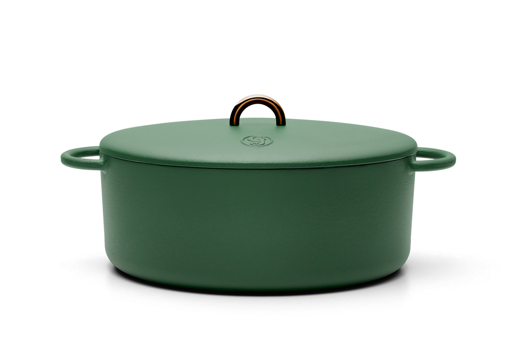 Enameled cast-iron Dutch oven in broccoli green - side view with lid