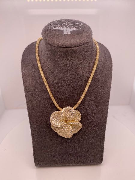 Floral Pendant + Mesh Necklace