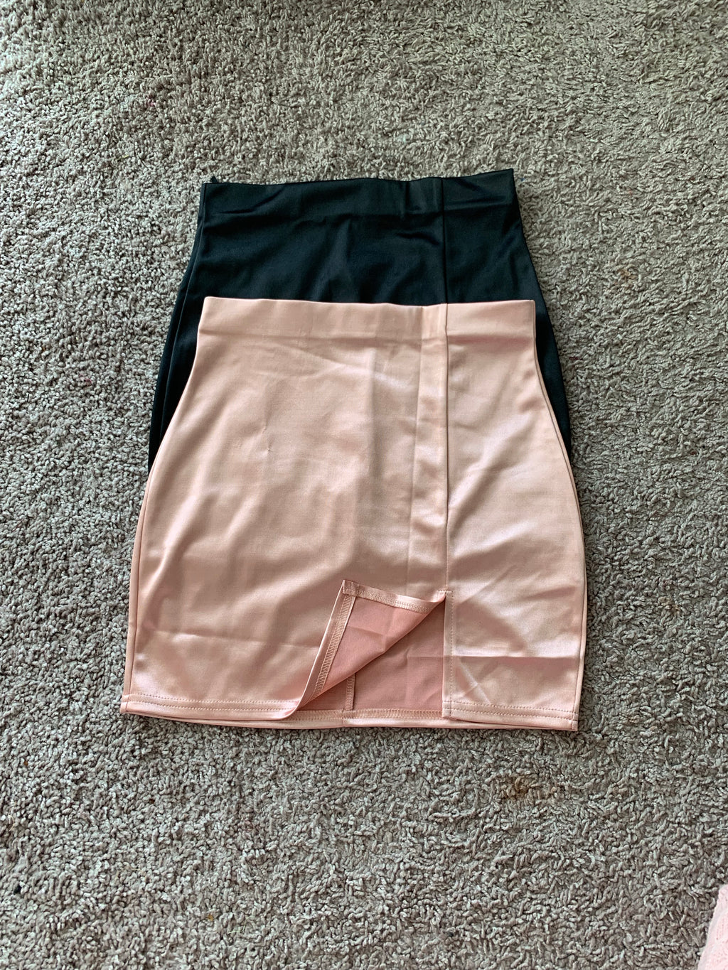 Kailey skirt satin (pink )