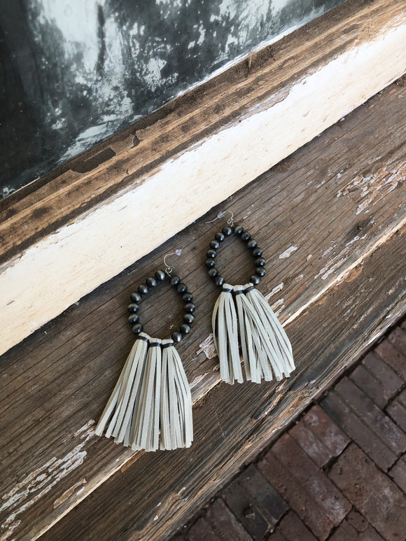 Navajo / Cream Fringe Earrings