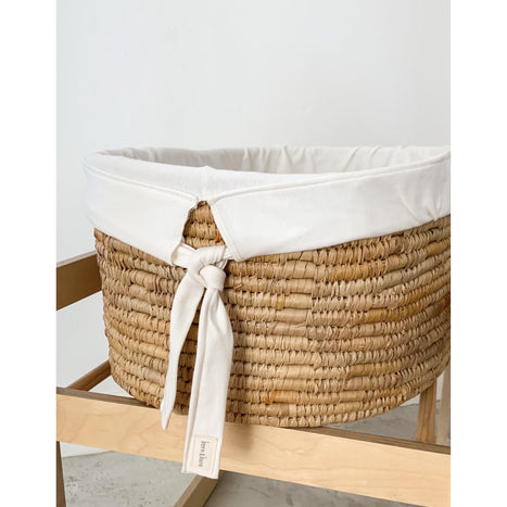 Moses basket liner / mattress cover