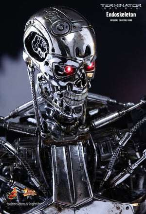 Hot Toys Terminator: Endosketelon T-800