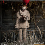 One12 Collective IT (2017): Pennywise figure