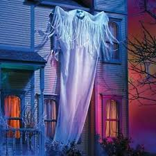 18ft GUTTER GHOST