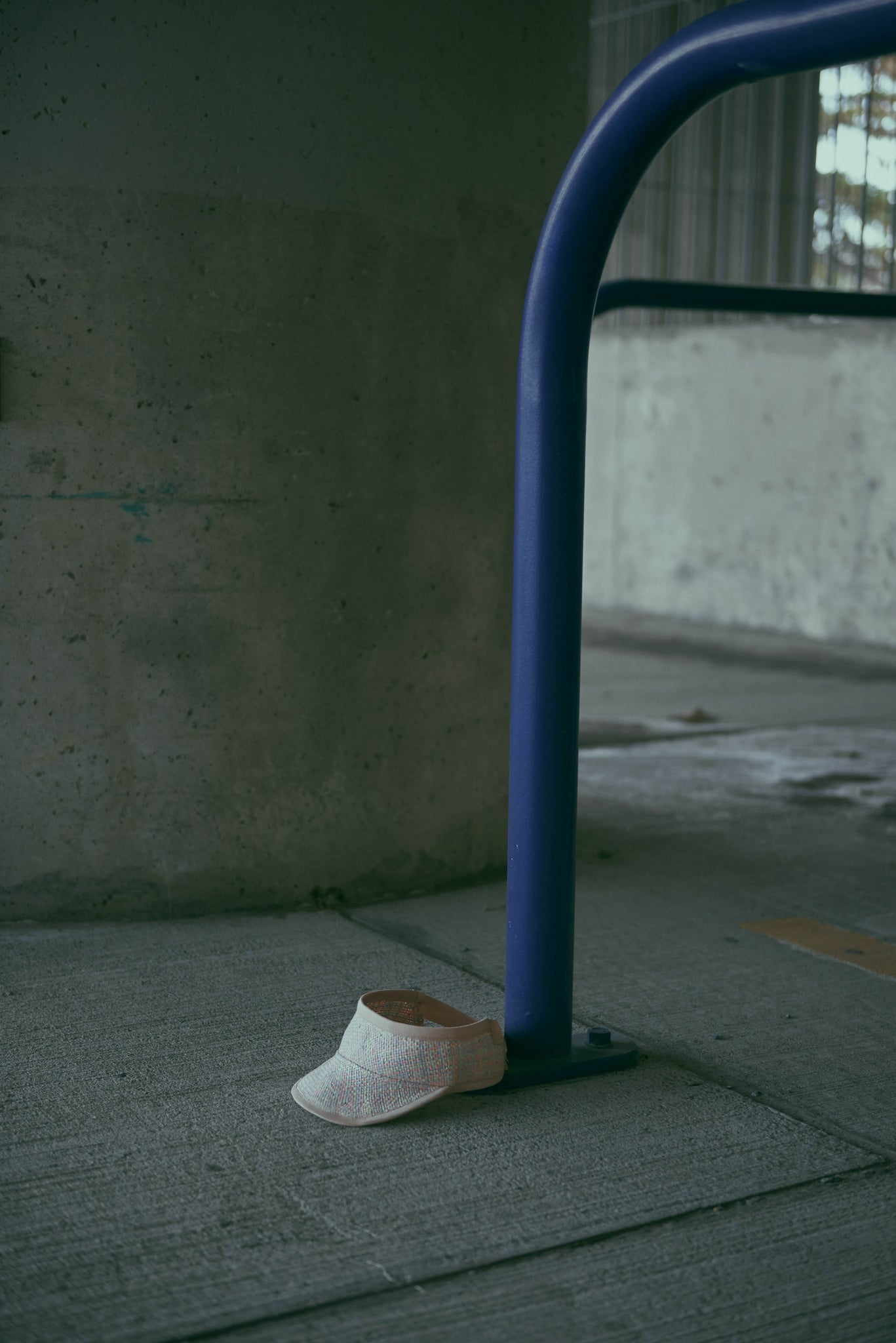 The street photo shows the Marion pastel straw visor on the floor.
