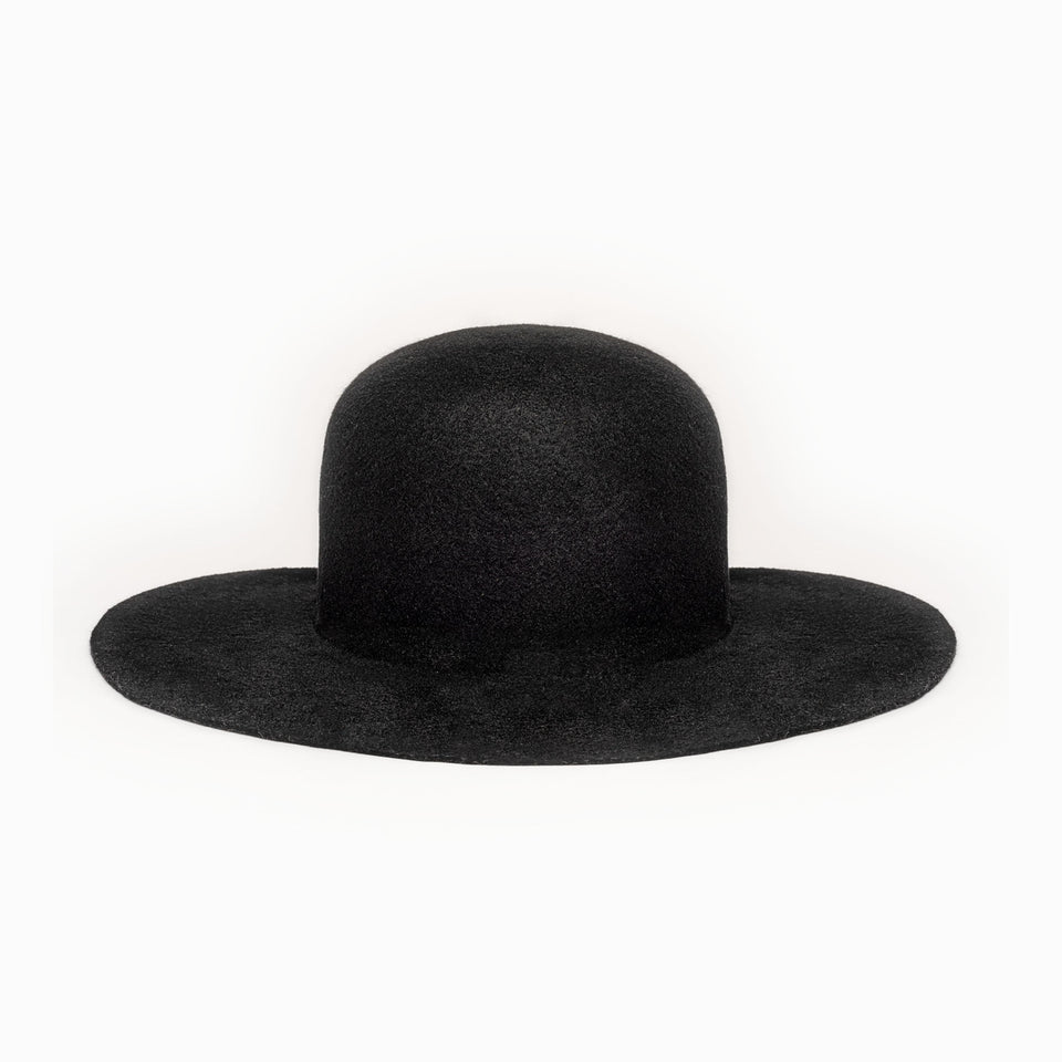 Black felt Cropped Hat™ is the Camille Côté signature hat.