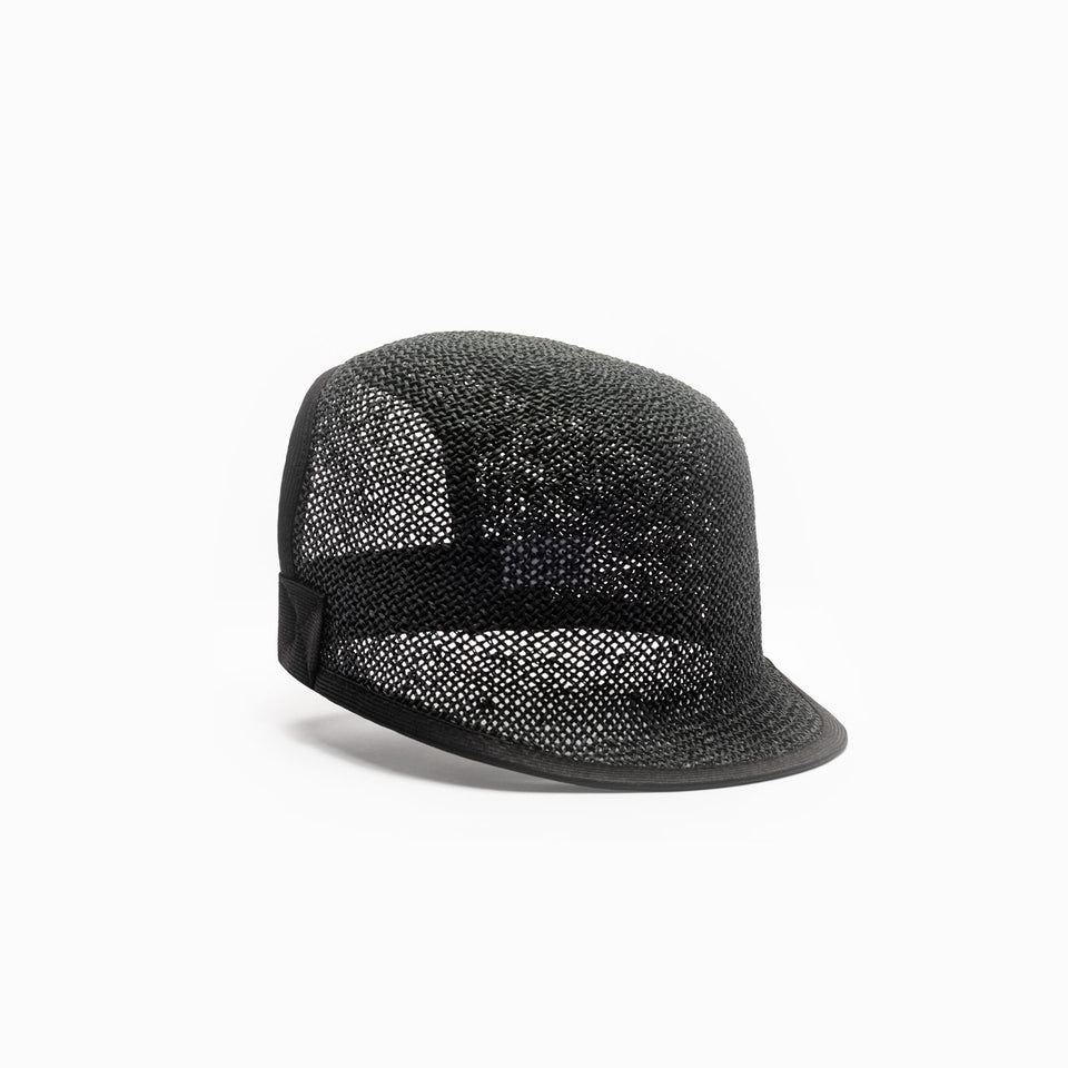 The front view of the black summer hat Kennedy.