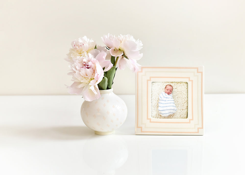 Blush Notch Square Frame