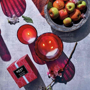 NEST Apple Blossom Classic Candle