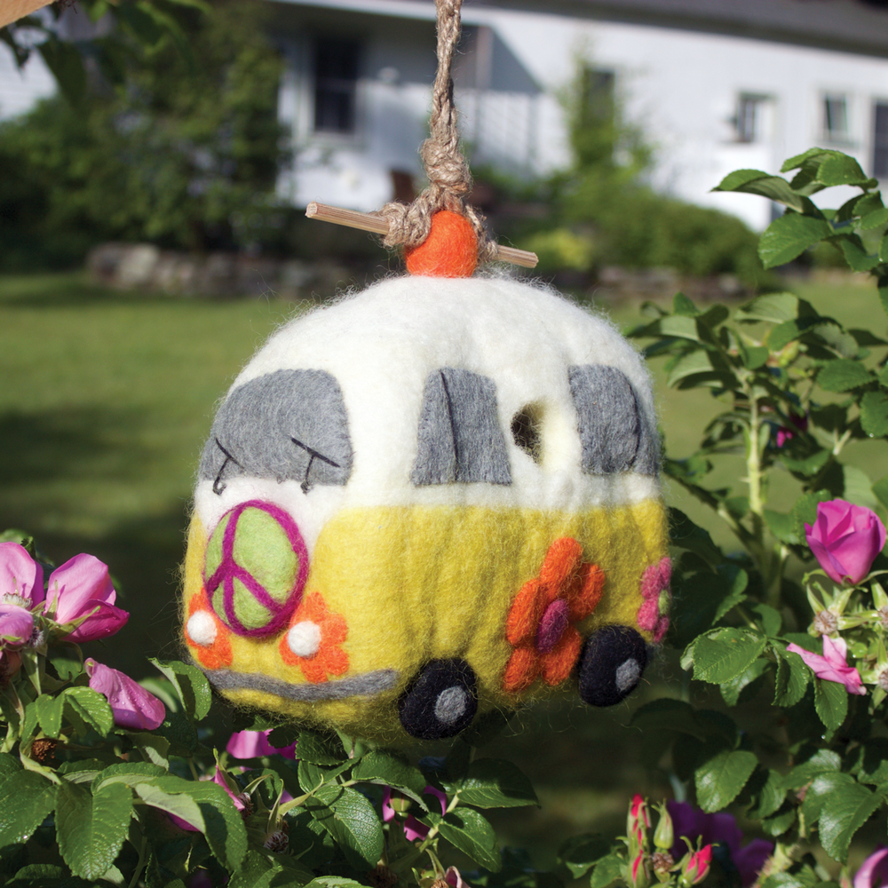 Magic Bus Birdhouse