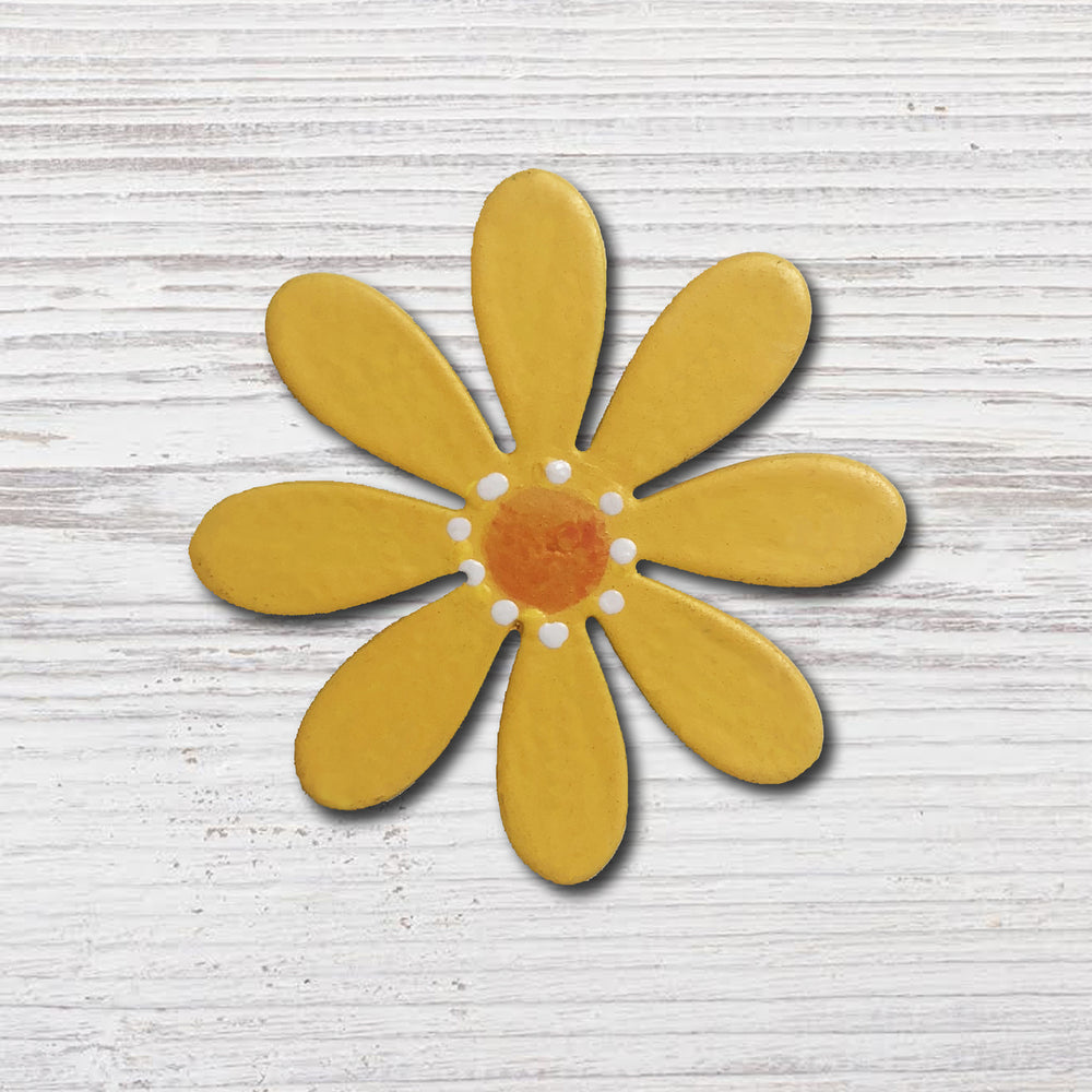 Flower Magnet | Dainty Yellow