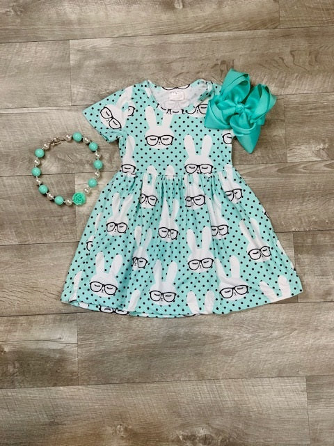 turquoise-bunny-dress-outfit