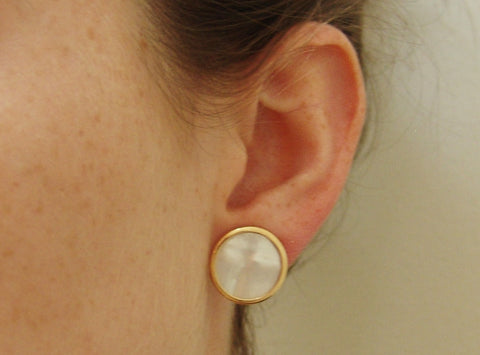 Mother of Pearl Earring