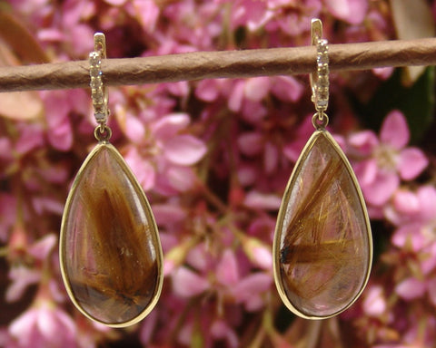 Tear Drop Quartz Earring