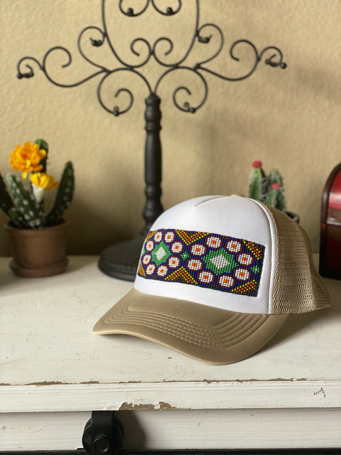 Gorra Huichol Tan con Blanco-Accessories-Le Catrina
