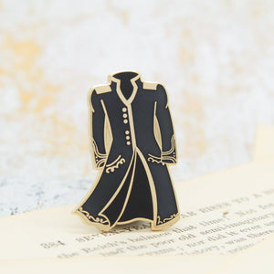Color changing magic coat a darker shade of magic red to black enamel pin