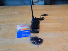 Load image into Gallery viewer, Baofeng BF-888S Hand Held Two Way UHF Radio