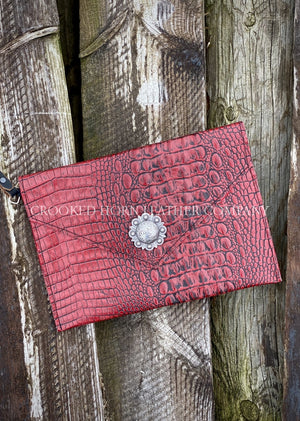 Leather Envelope Clutch In Red Croc With Wristlet Strap Large