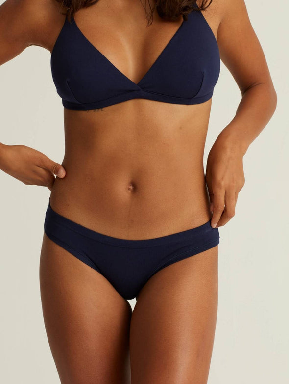 Low-rise undies HIPSTER BASE- deep blue