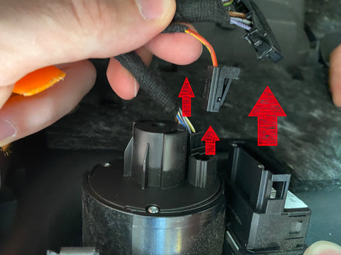 disassembling audio connector q3