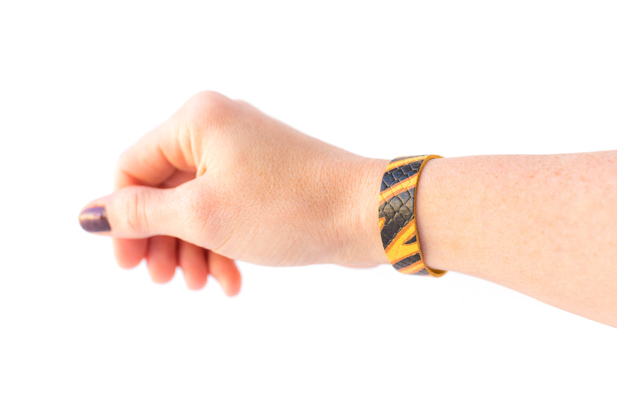 Leather Bracelet / Skinny Slim Cuff / Tiger Stripe / Regular