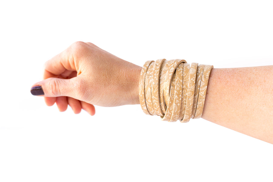 Leather Bracelet / Original Sliced Wrap Cuff / Straw Flowers Cork / Extra Large
