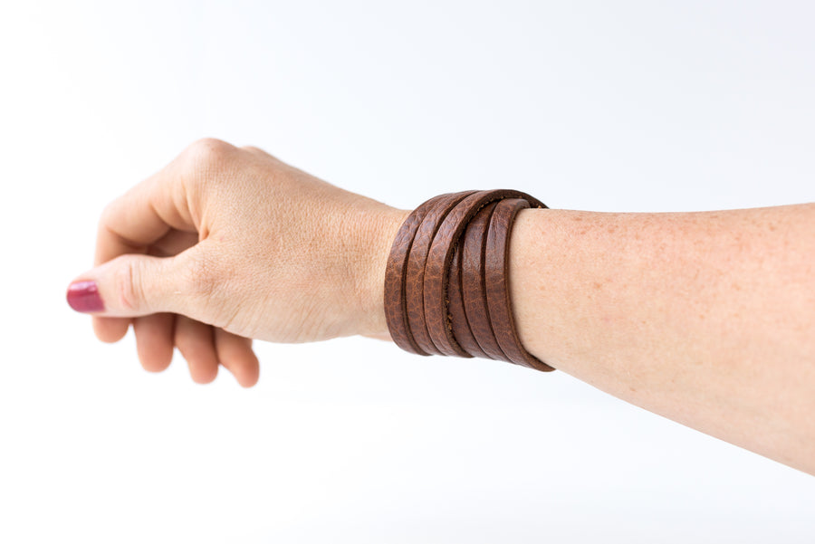 Leather Bracelet / Skinny Sliced Wrap Cuff / Saddle Brown / Small