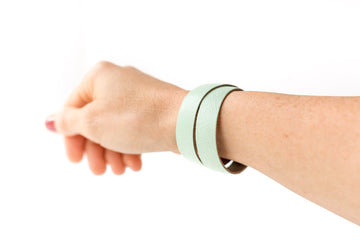Leather Bracelet / Slim Wrap Cuff / Minted / Large