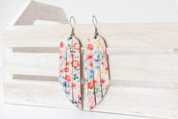 Leather Earrings / Fringe / Blossom Cork