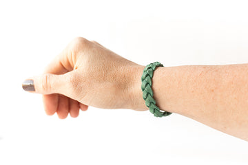Braided Leather Bracelet / Green Spruce / Regular