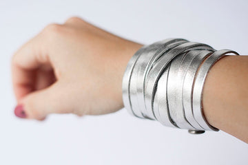 Leather Bracelet / Original Sliced Wrap Cuff / Silver Metallic / Small