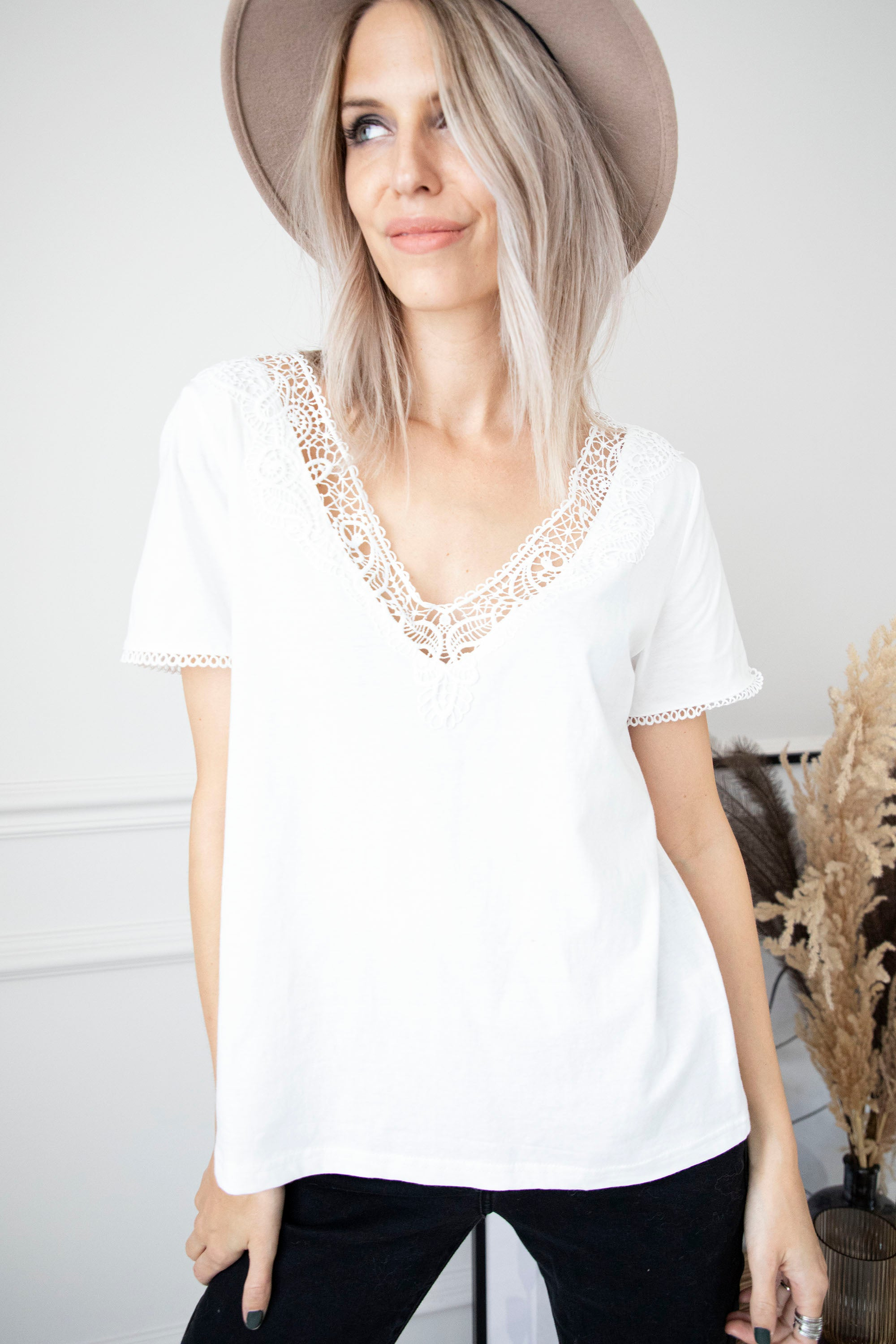 Martha Lace White - T-Shirt