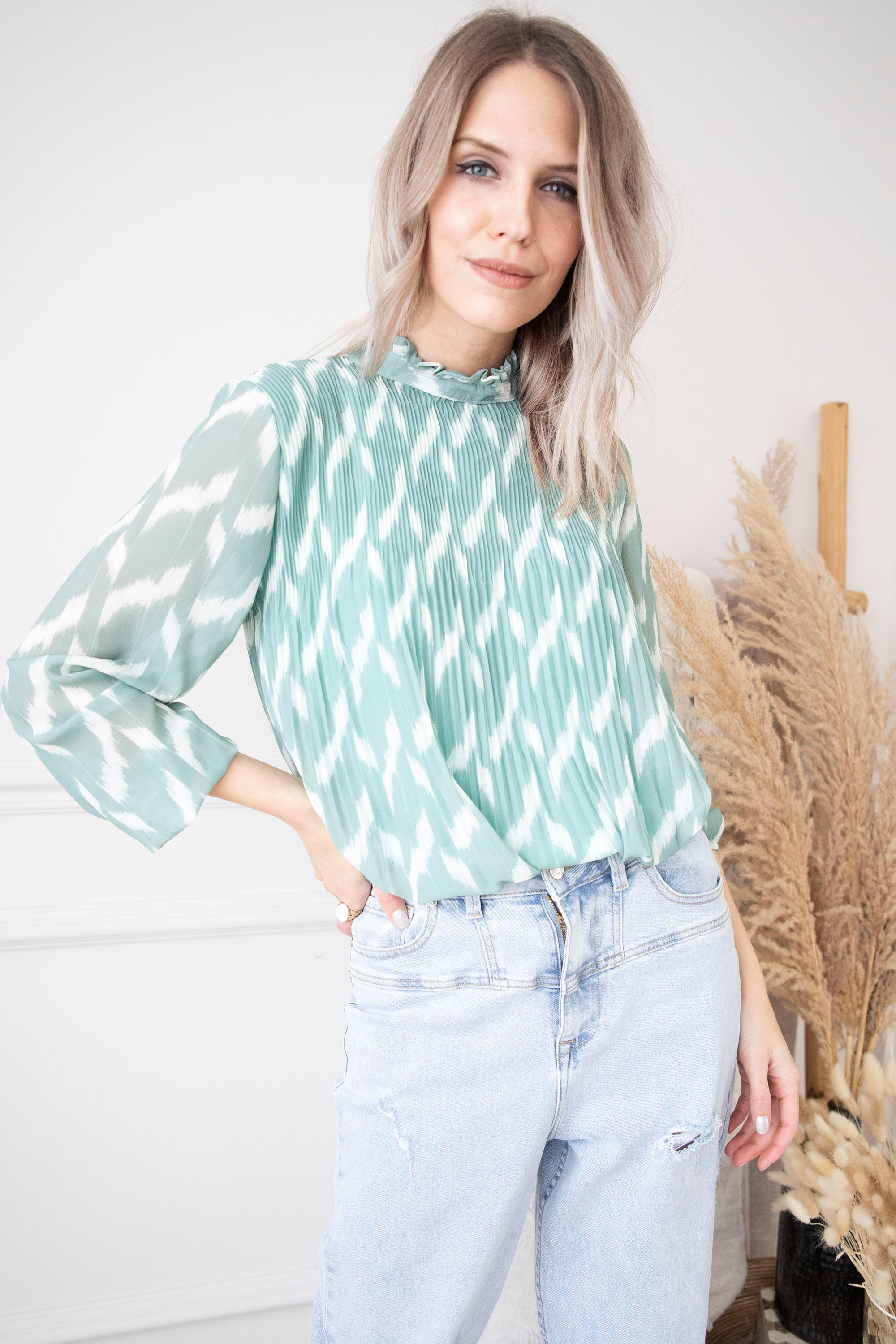Pleated Pleasure Mint - Blouse
