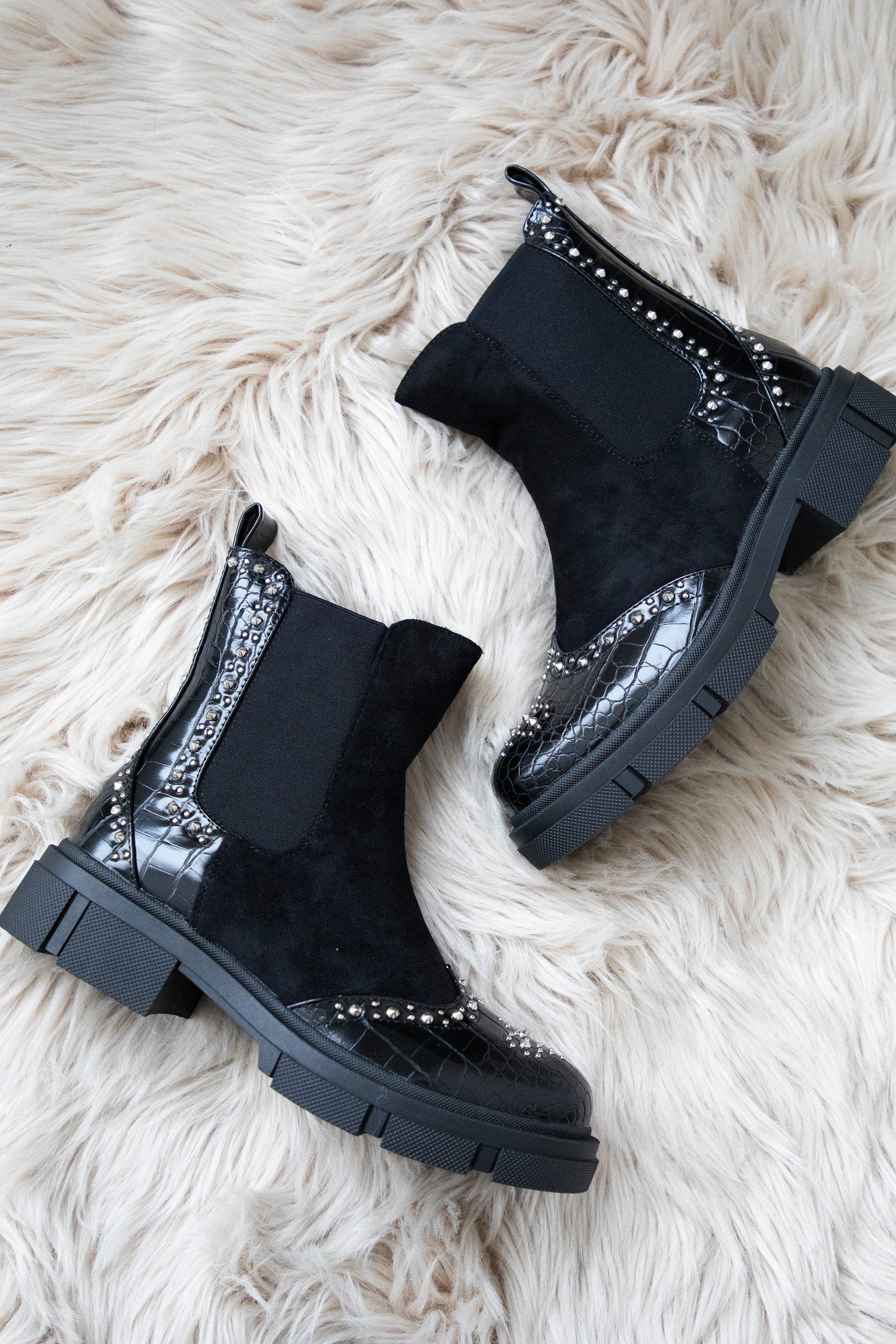 Statement Stunners Black - Boots