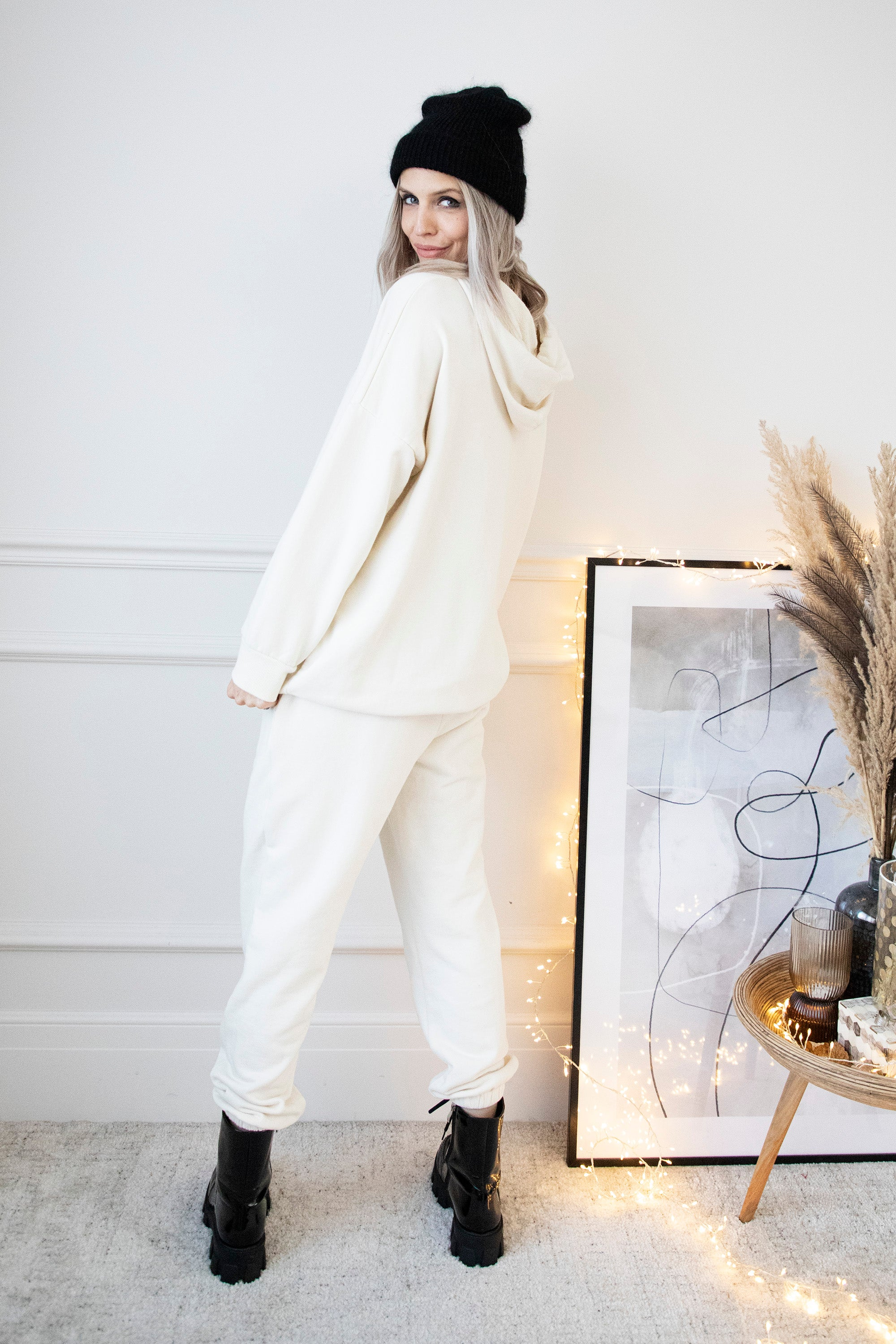 No Place Like Home Off White - Comfy Set