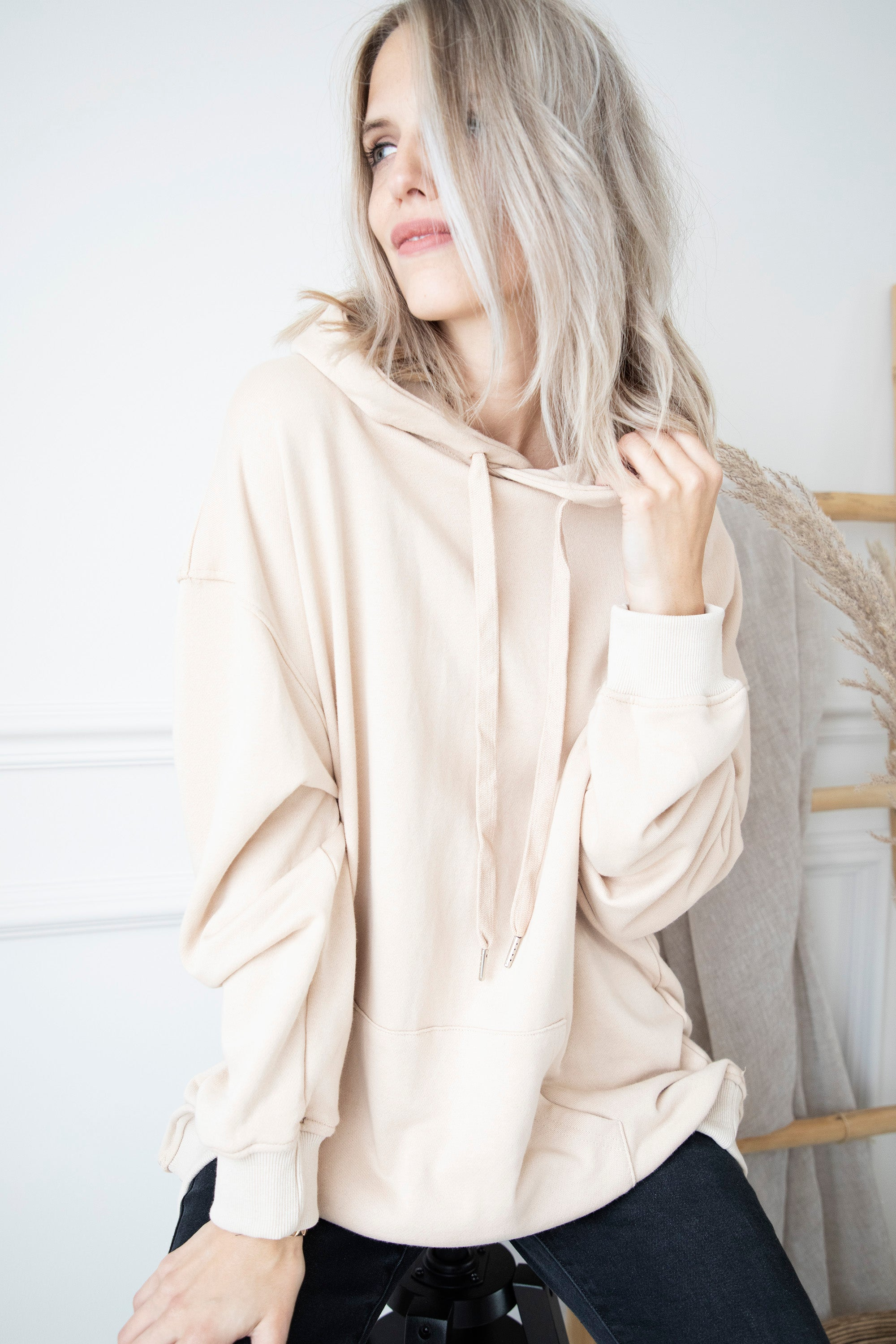 Long Comfy Days Beige - Sweater