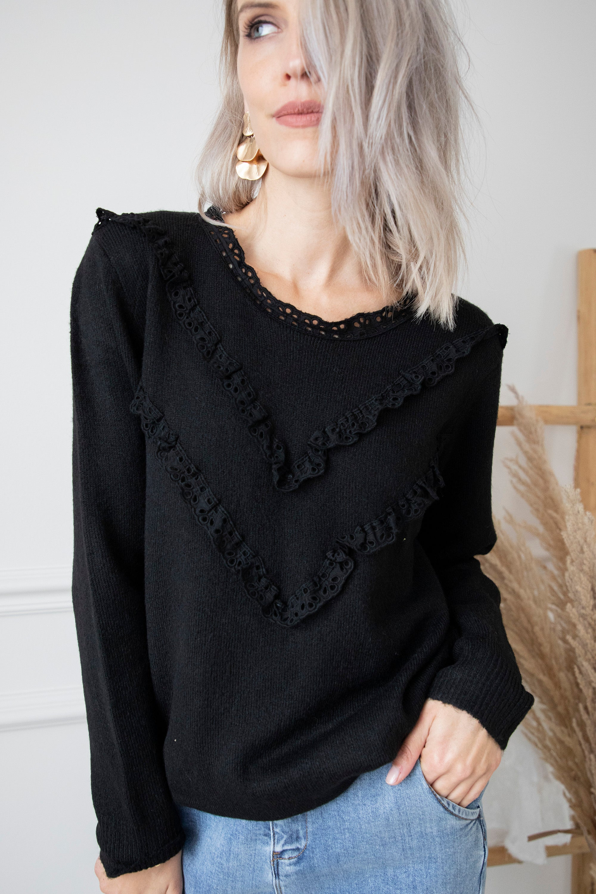 Touch Of Broderie Black - Trui